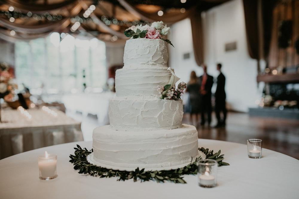 H+A_Hartford_Connecticut_RoseGarden_Wedding015.jpg