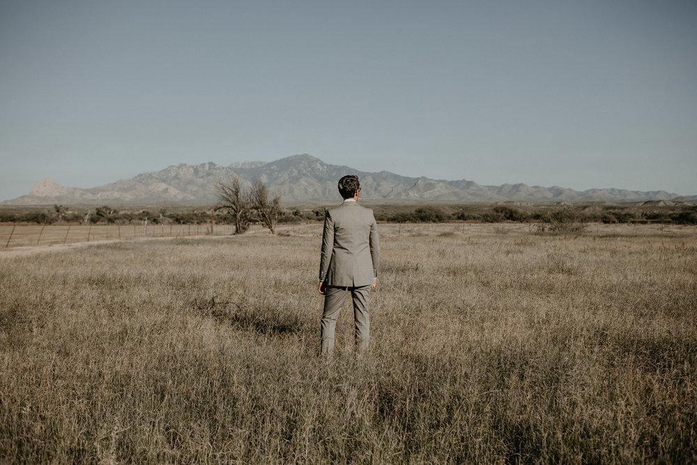 L+K_Tucson_AZ_Wedding_017.jpg