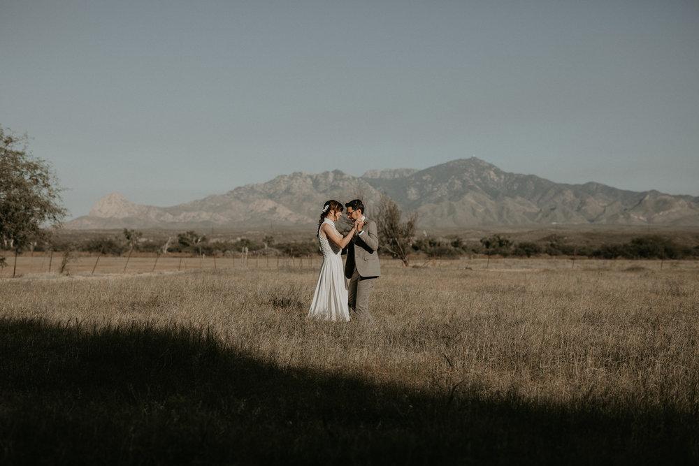 L+K_Tucson_AZ_Wedding_022.jpg