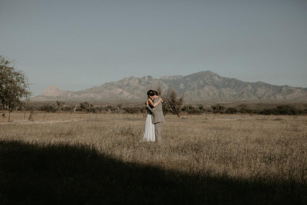 L+K_Tucson_AZ_Wedding_023.jpg