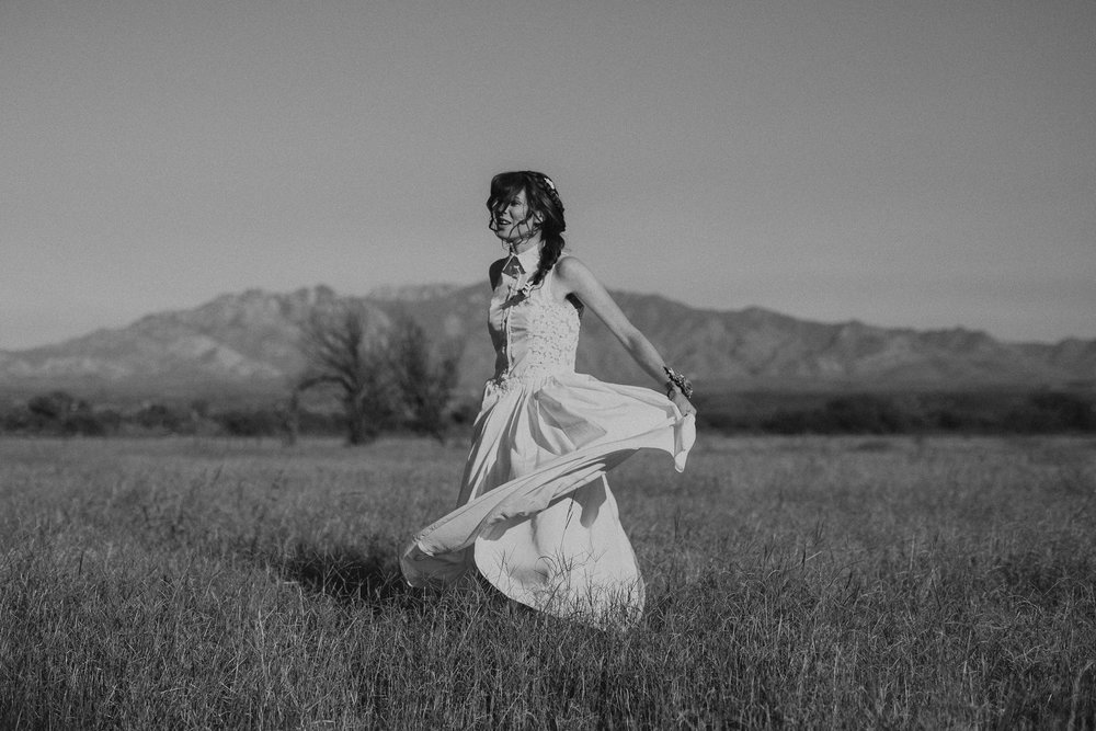 L+K_Tucson_AZ_Wedding_033.jpg
