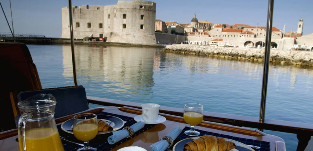 Luxury Yacht Amenities