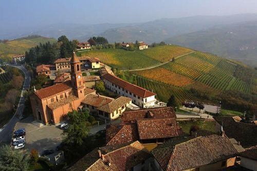 LuLuxurLuxury food and wine travel intinerary in Italy