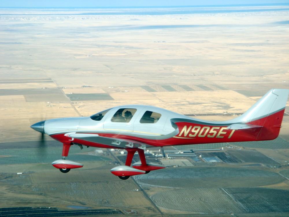 lancair super es freeflight composites rh freeflightcomposites com lancair esp lancair es performance