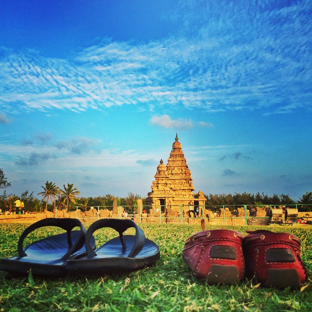 #Mahabalipuram, a wonderful combination of heritage monuments and empty stretches of sandy beaches. This is the famous Shore Temple.   #OneWeekInLifeOfAWeddingPhotographer   #PersonalProject