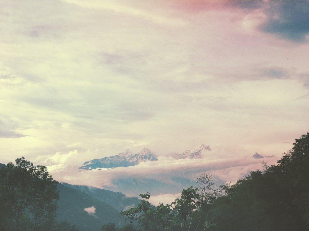 Peak - a - boo!! :) (The Peak of Kanchanganga)
