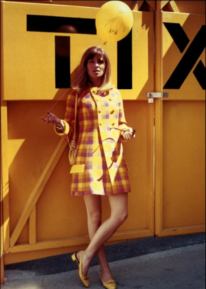 Julie Christie in yellow via Sailor Baby