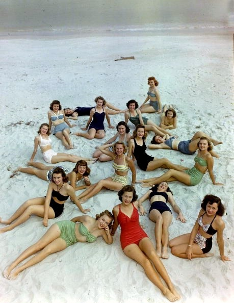 1950s bathing beauties via  Hollyhocks and Tulips