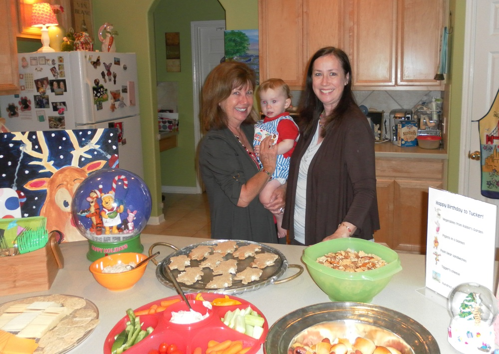 With Karla & the snacks (bear sandwiches, Piglets in a blanket, vegetables from Rabbit's garden)