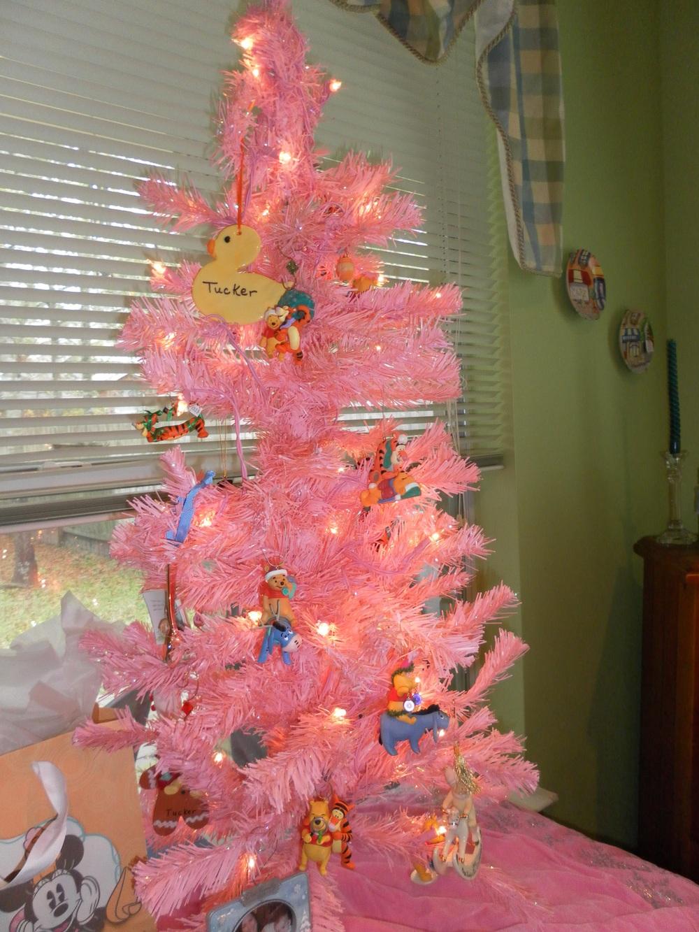 Winnie the Pooh ornament tree