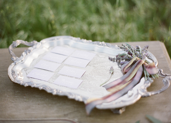 diy-wedding-escort-card-ideas1.jpeg
