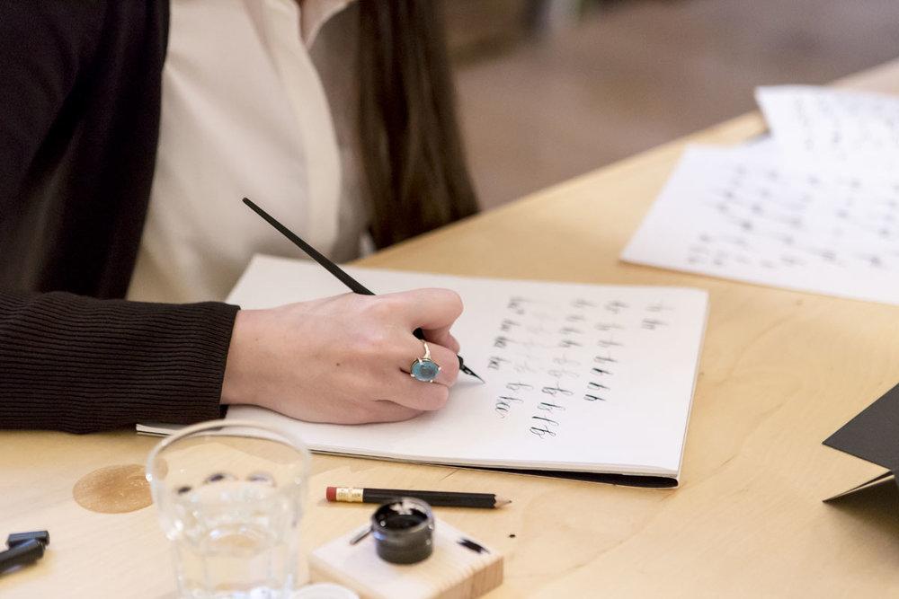 Molly-Suber-Thorpe-Calligraphy-Workshop-Dublin-Ireland-09.jpg