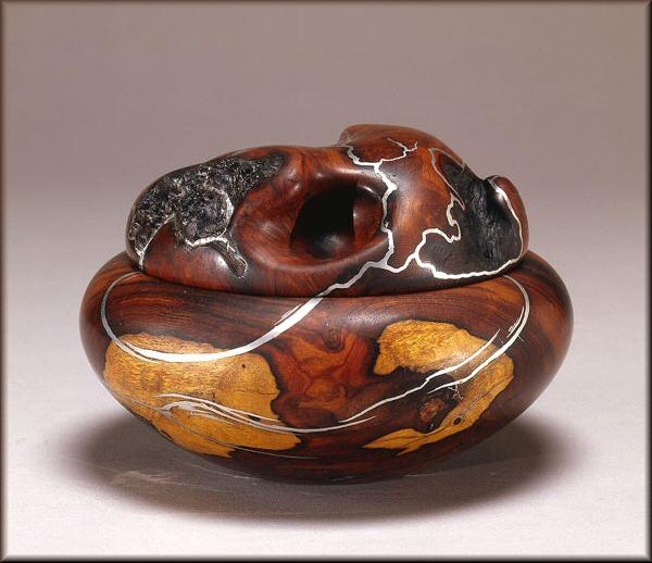 Artist: Dwight Bennett, Wood Sculptor