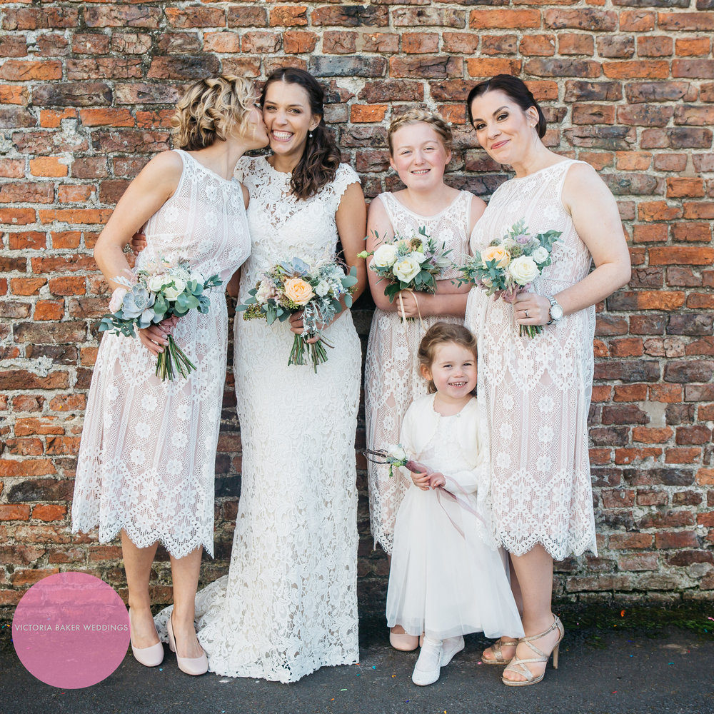 Best wedding photographs 2016 - Bridesmaids