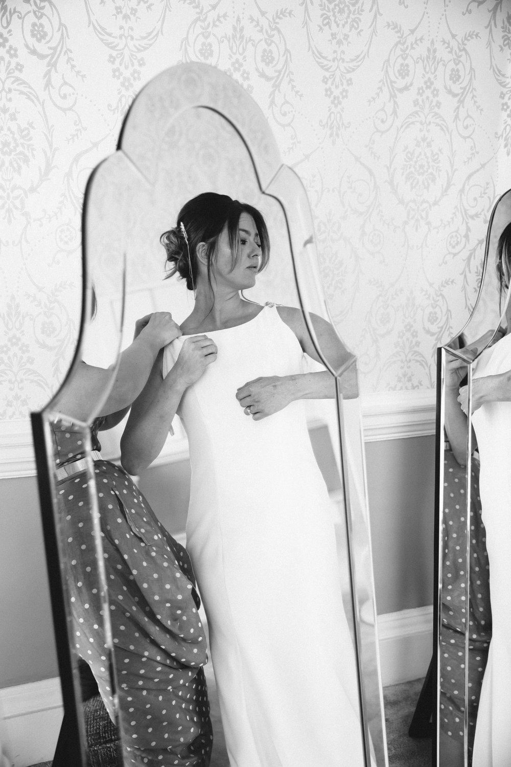 Bride getting ready at Moor Park Golf Club