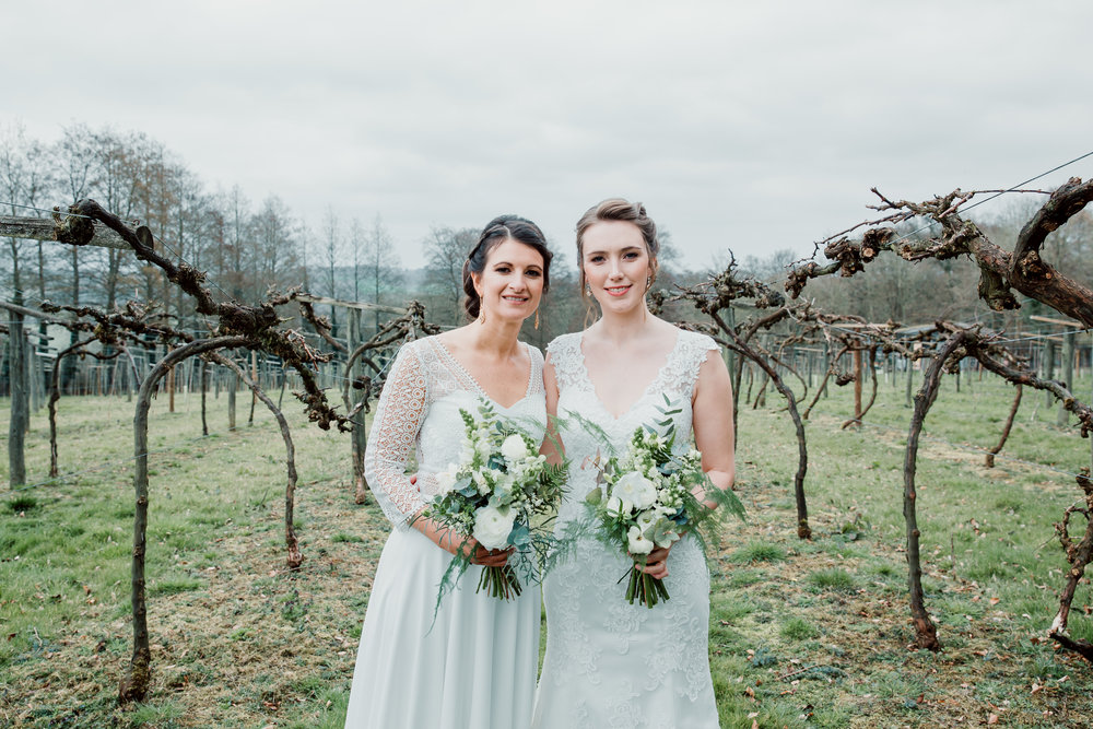 Vanessa & Hannah at Old Luxter's Barn at Chiltern Winery