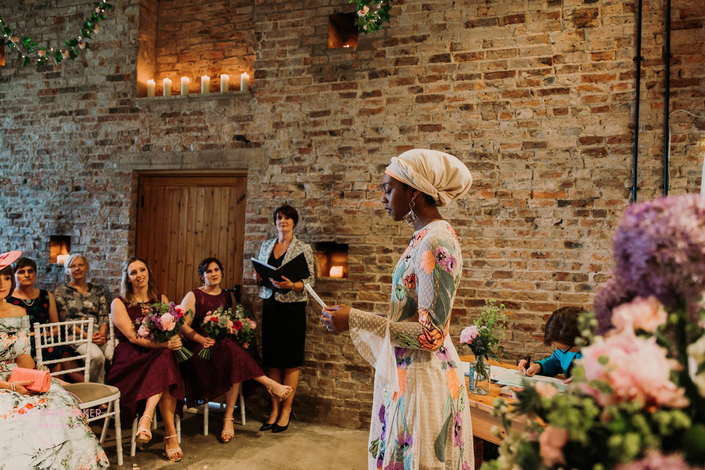 Wedding readings at Barmbyfield Barn | Creative Yorkshire Wedding Photographer