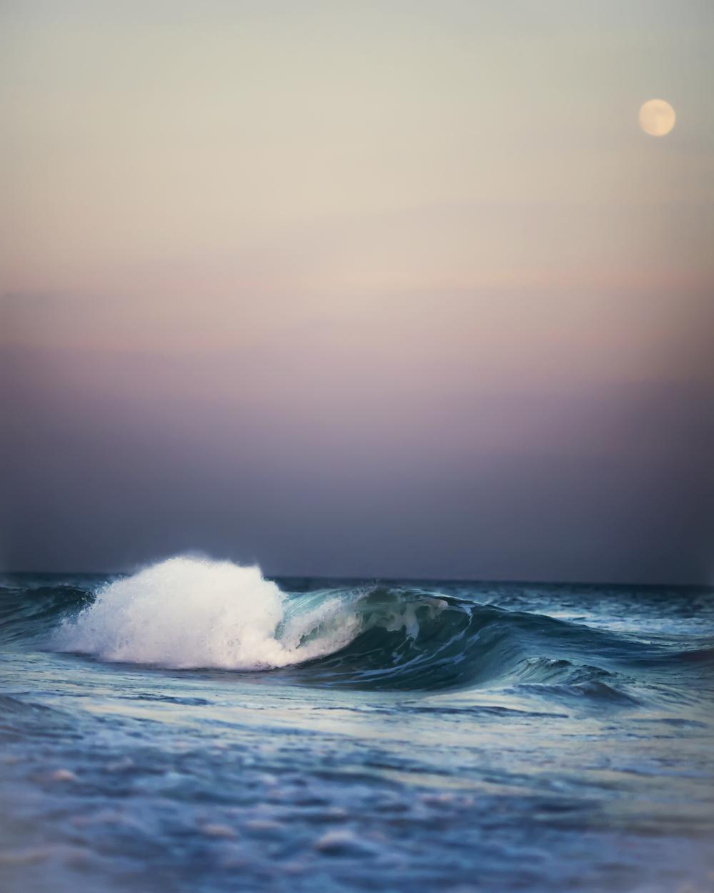 moon-ocean-1-2.jpg