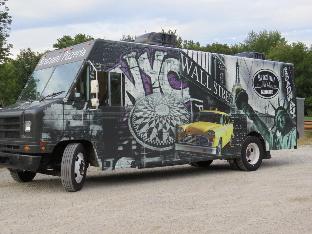 brozinni pizzeria custom food truck jezroc metalworks. Black Bedroom Furniture Sets. Home Design Ideas
