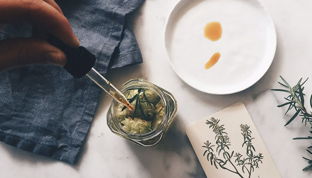 HUCKBERRY JOURNAL   OCTober 2015 - Natural Remedies for Cold and Flu Season
