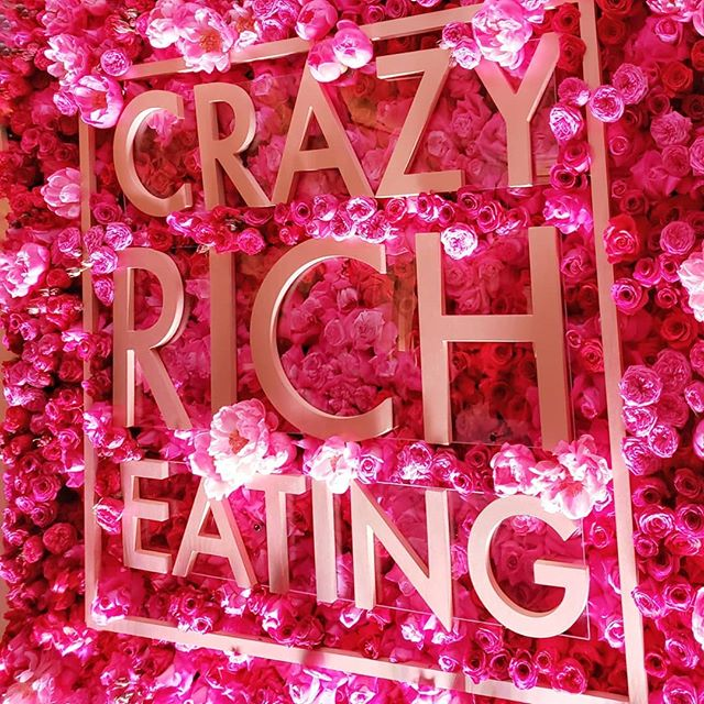 Went to the #crazyricheating pop-up restaurant last night inspired by #crazyrichasians. It was a family style tasting menu by chef Andrew Le of #thepigandthelady  Thank you @jannelleso for taking me. I had fun! 😘