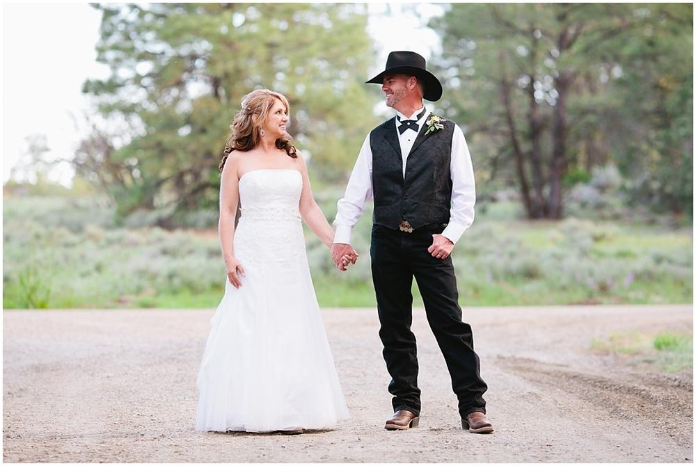 Durango Wedding Photographers_Ginger Moose Wedding Photography_0300.jpg