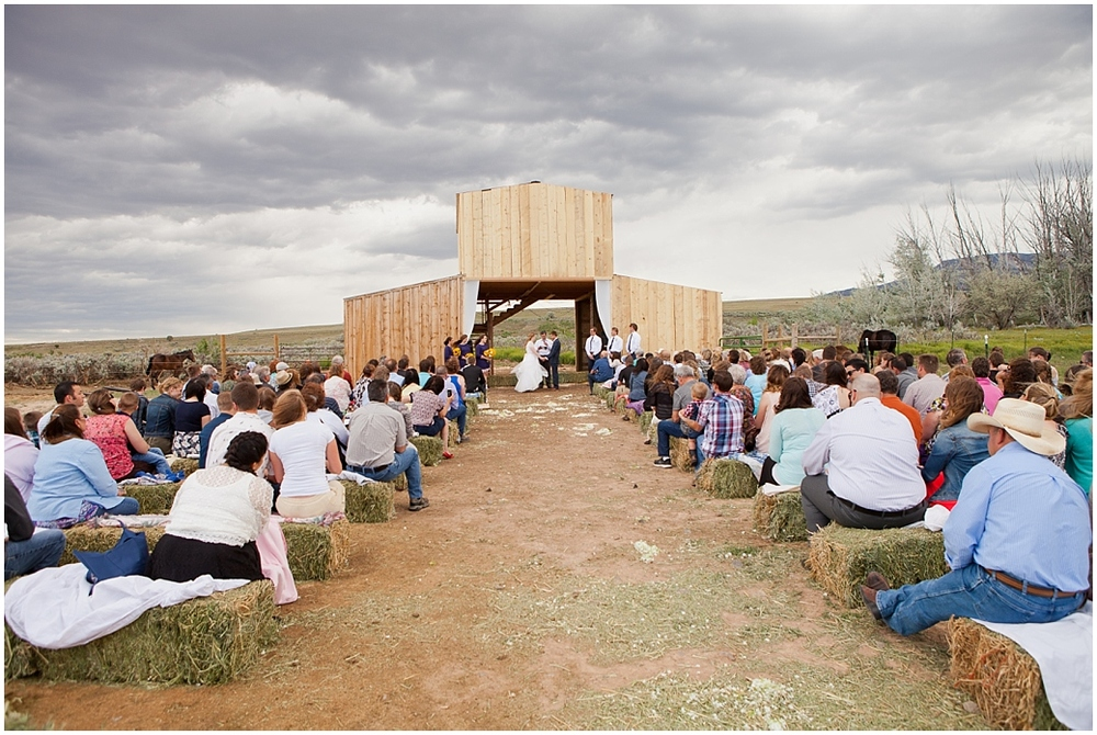 colorado-barn-wedding.jpg