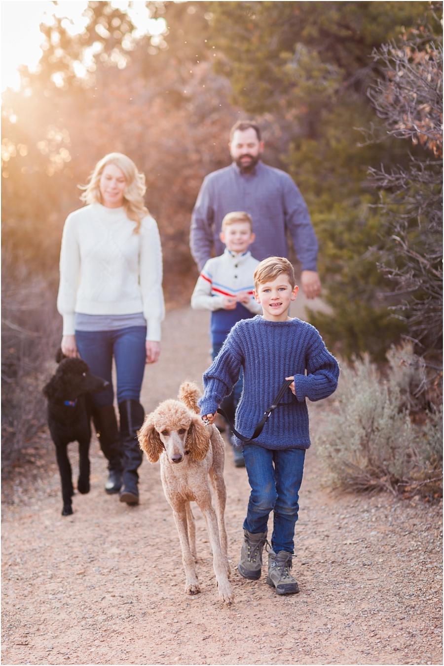 durango-colorado-family-photography-dog.jpg