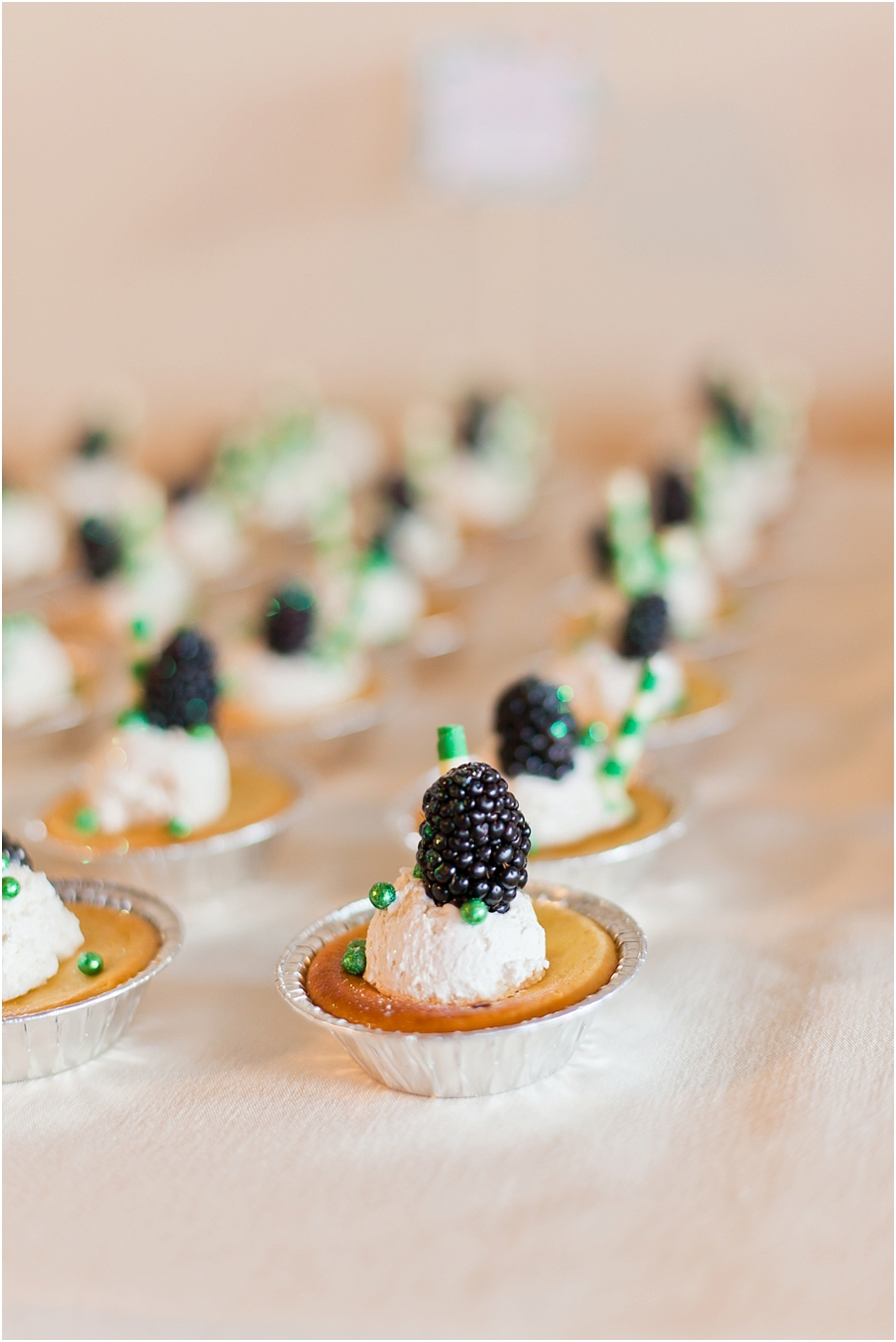 durango-colorado-wedding-dessert.jpg