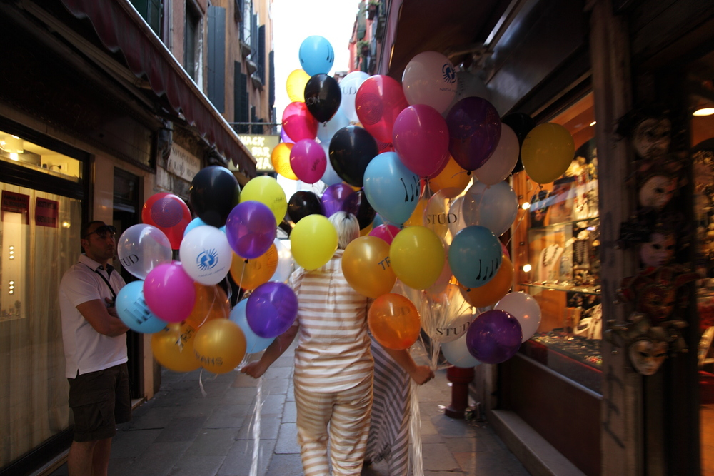 cfinleyballoonsvenice24.JPG
