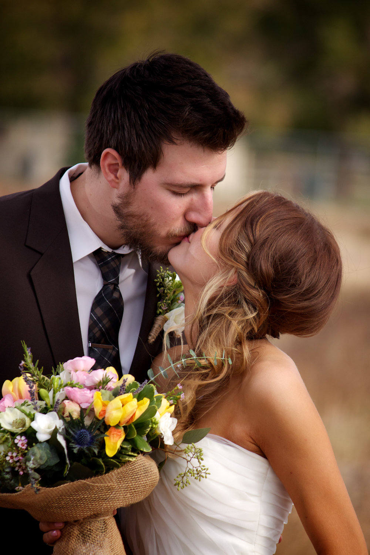 weddings_170131_111112_T1i_1111125225_ap_120122final_3000p72pi.jpg
