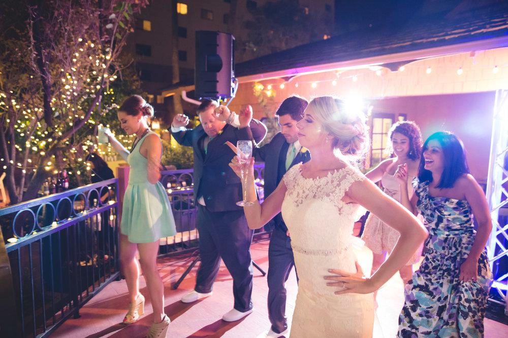 weddings_170131_140503_6d_IMG_7019_lr_141123final_3000p72pi.jpg