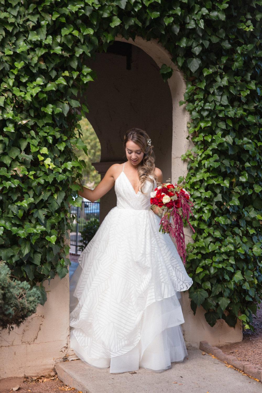 weddings_170131_161104_6d_1692_lr_161213final_3000p72pi.jpg
