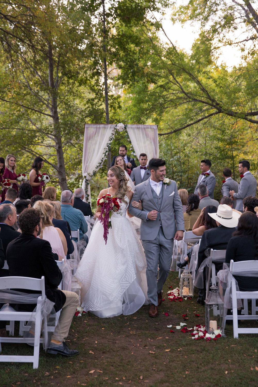 weddings_170131_161104_6d_2367_lr_161206final_3000p72pi.jpg
