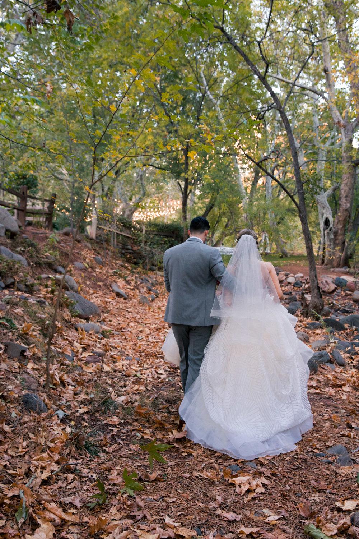 weddings_170131_161104_6d_2696_lr_161130final_3000p72pi.jpg