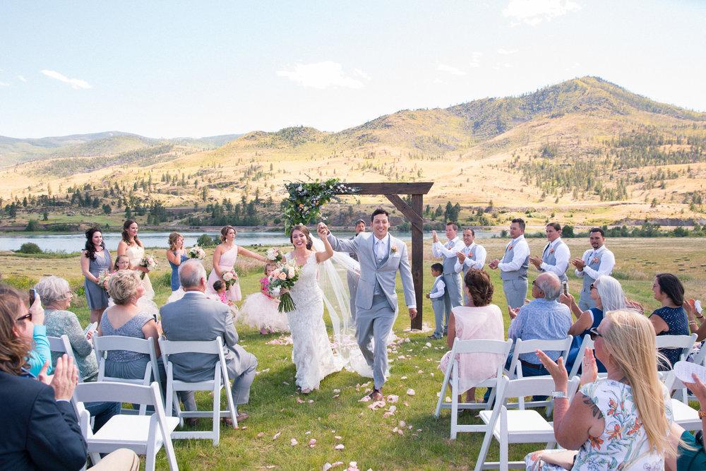 weddings_170623_6d_1274_lr_170901final_4000p72pi.jpg