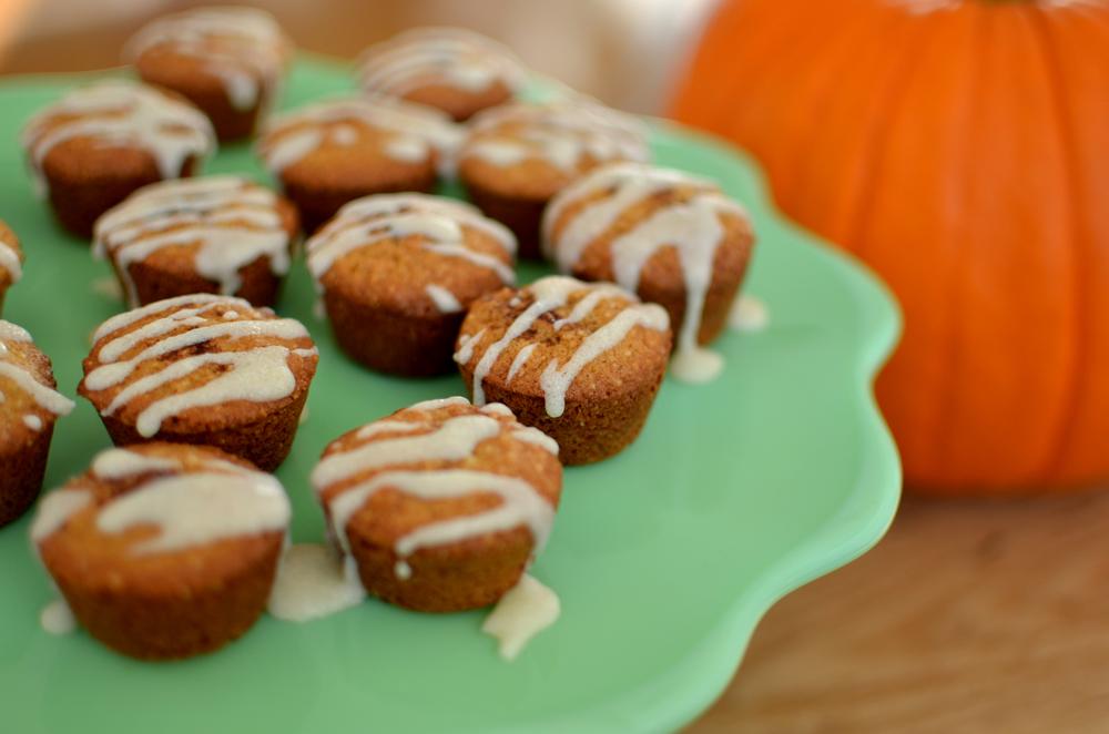 wit+aroma glazed pumpkin spiced muffins