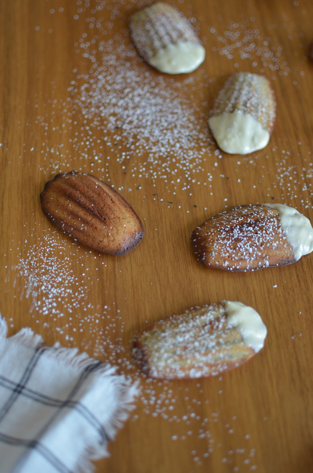 wit+aroma earl grey madeleines