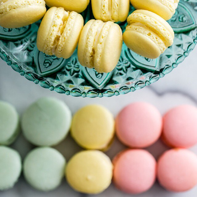 Happy Mother's Day! Our recipe for French macarons. #French #dessert #confection #pastry #macarons Recipe link in profile. 📸: @kculp_com