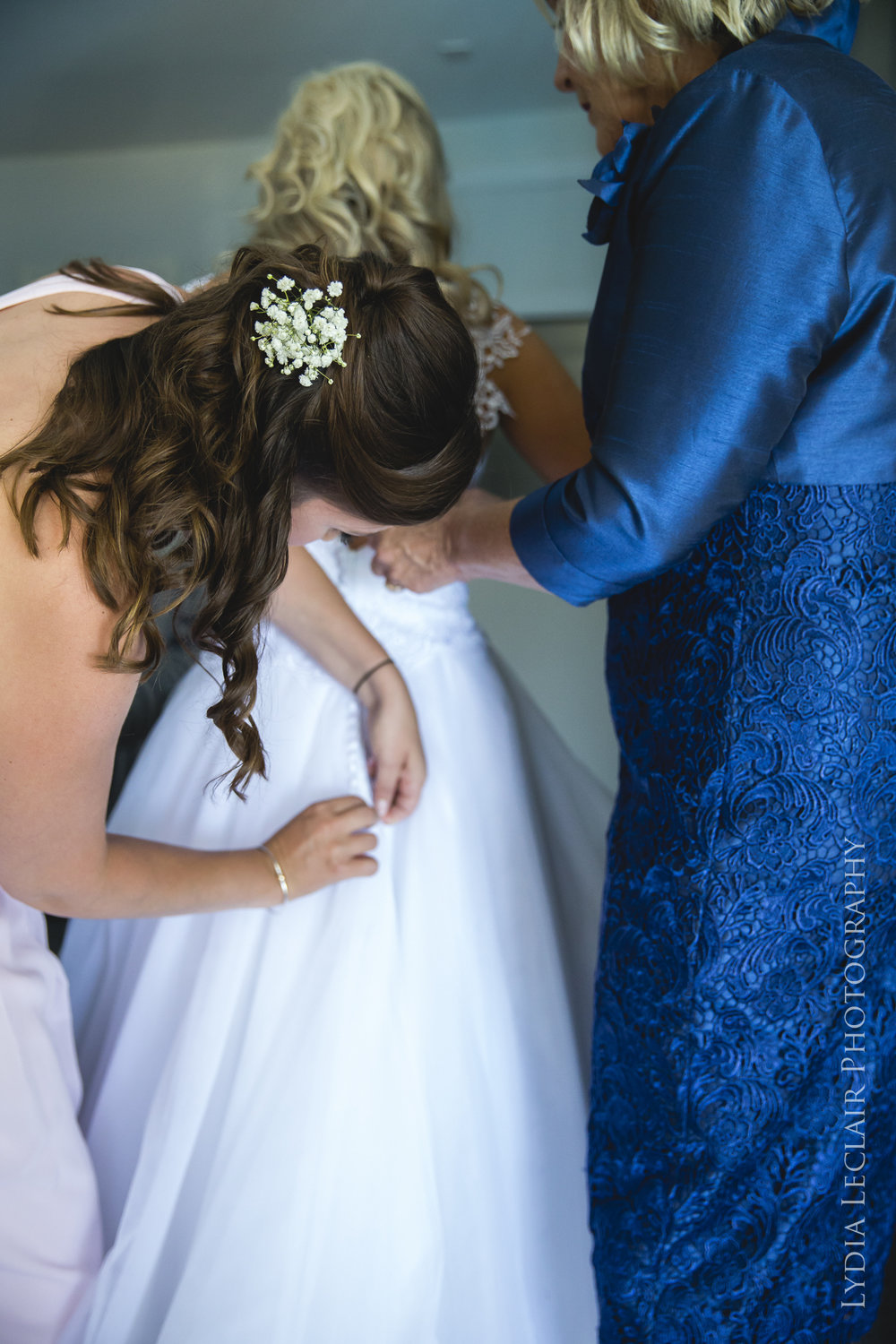 popular falmouth wedding photographer