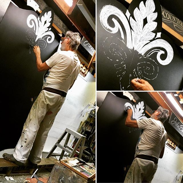Working the #chalk #permanentpastel #largescale #chalkboard #chalkboardart #chalkart #chalkboardartist