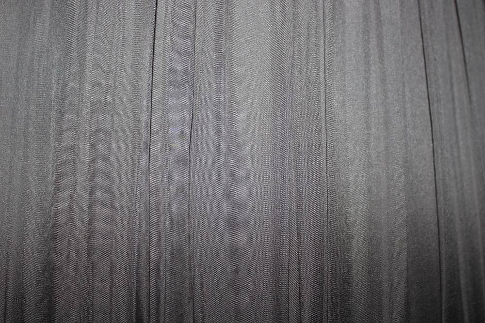grey curtain[1].jpg