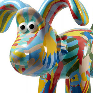 Gromit Unleashed & WOW Gorillas! Hand-painted sculptures to raise money for charities.