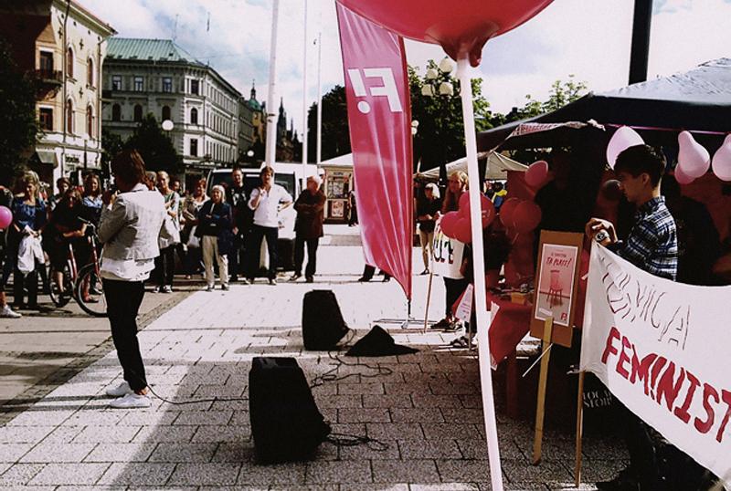 Torgmöte med Gudrun Schyman, Stina Svensson, F! Sundsvall och UF!, 14-08-18.