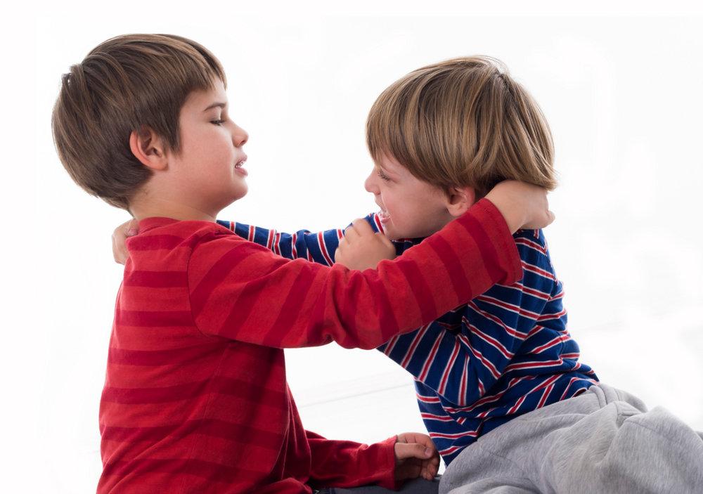 pelea niños.jpg