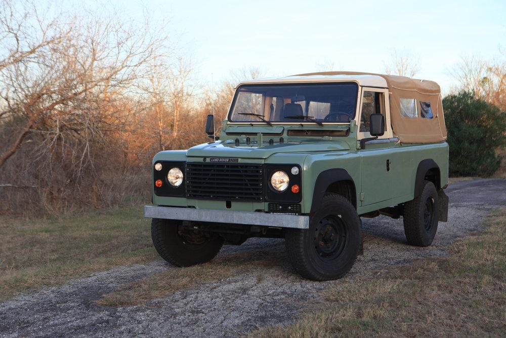 20170104_1984-Land-Rover-Defender-110-sage_065.JPG