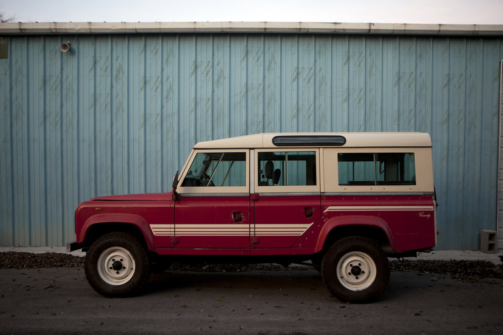 20170102_1985-Land-Rover-Defender-110-red_054-edited.jpg