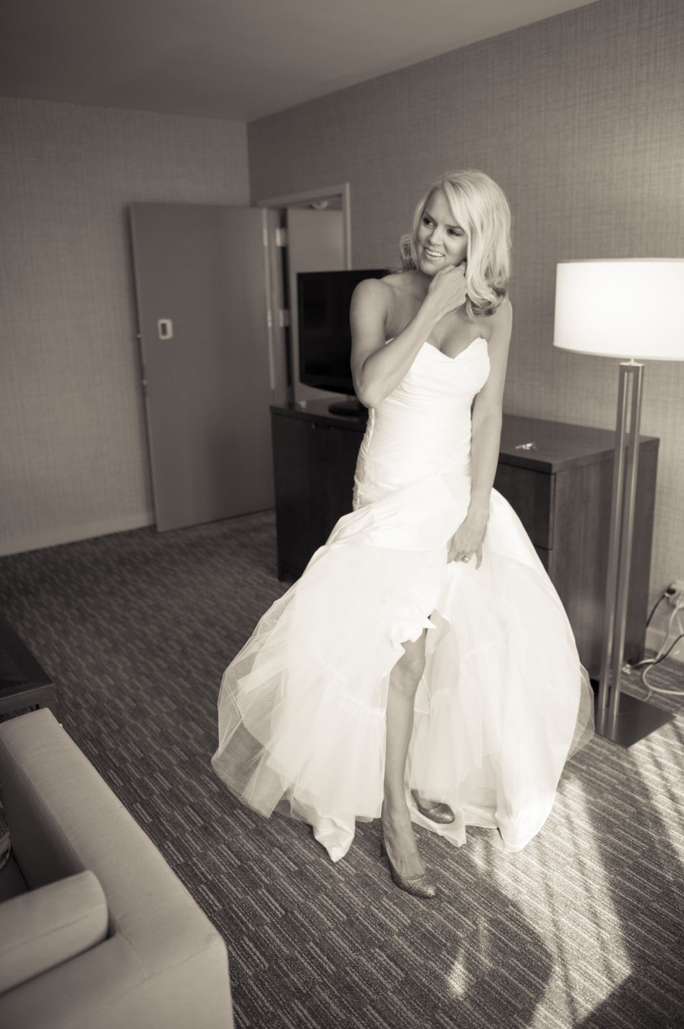westin cincinnati wedding day-18.jpg