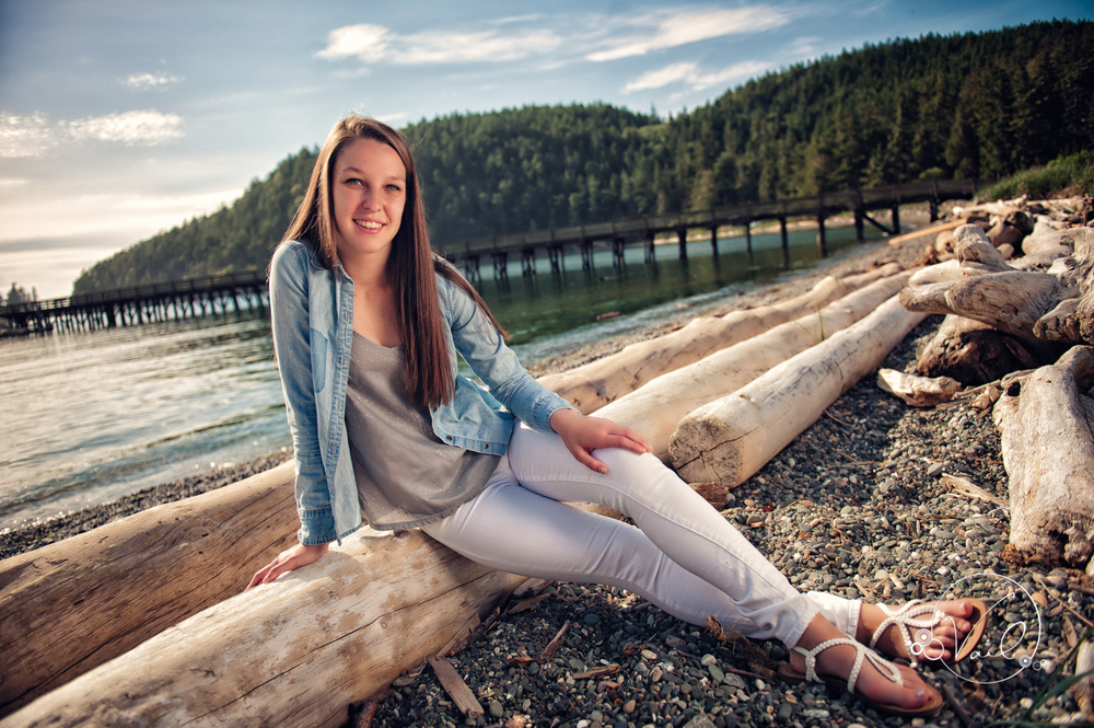 Oak Harbor senior portrait whidbey island--10.jpg