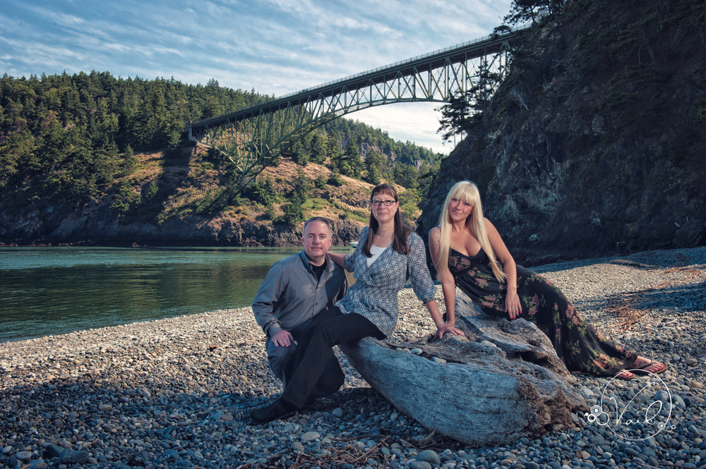 Family portrait whidbey island deception pass--2.jpg